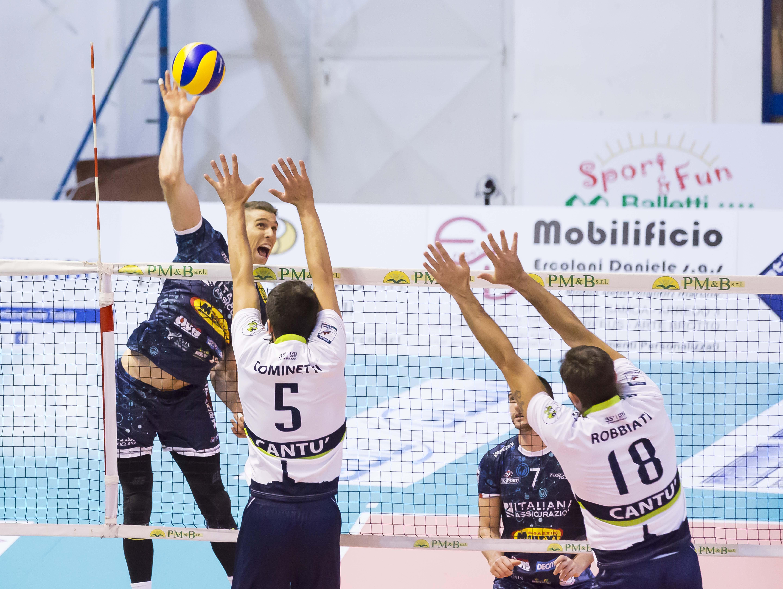 Tuscania fa la bella di notte e conquista tre punti in casa contro Cantù