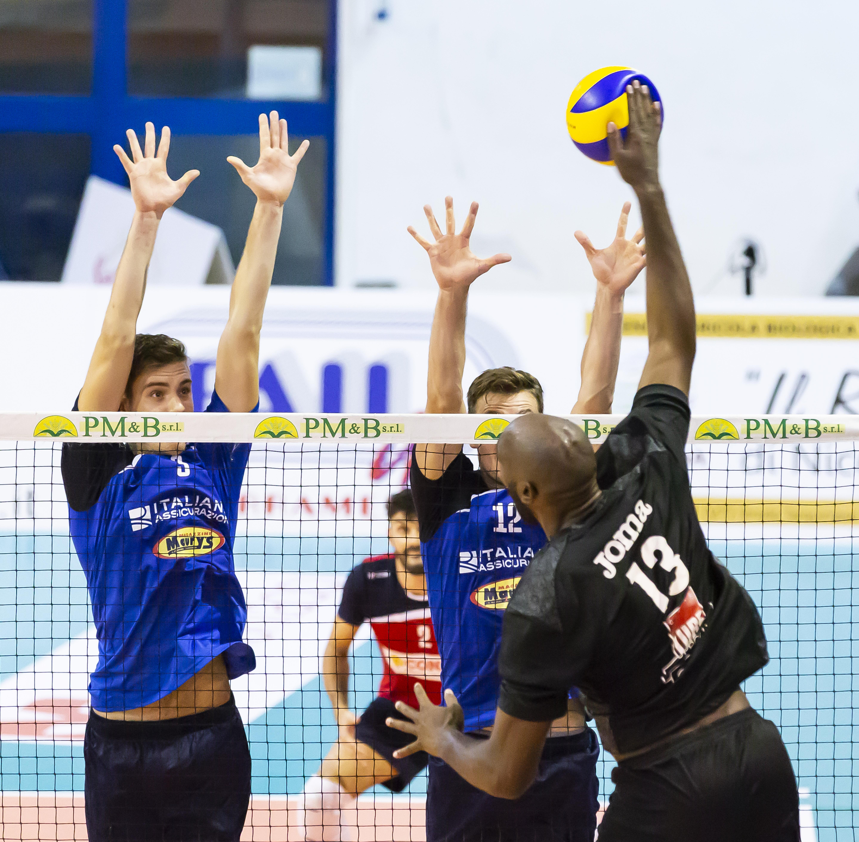 La Superlega a Viterbo, oggi finale Hot Buttered tra Lube Civitanova e Consar Ravenna