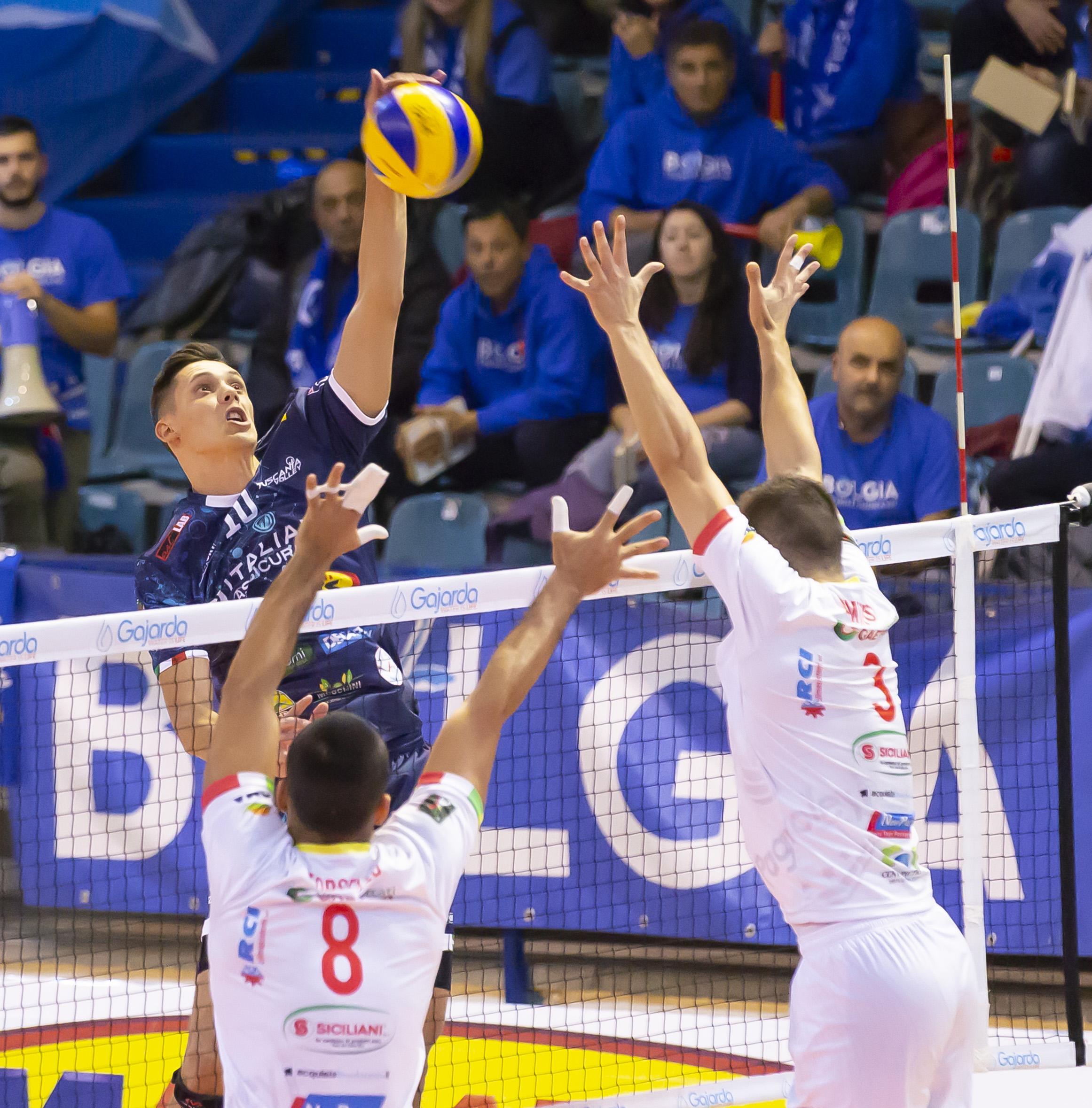 Tuscania c'è, prima vittoria davanti al proprio pubblico