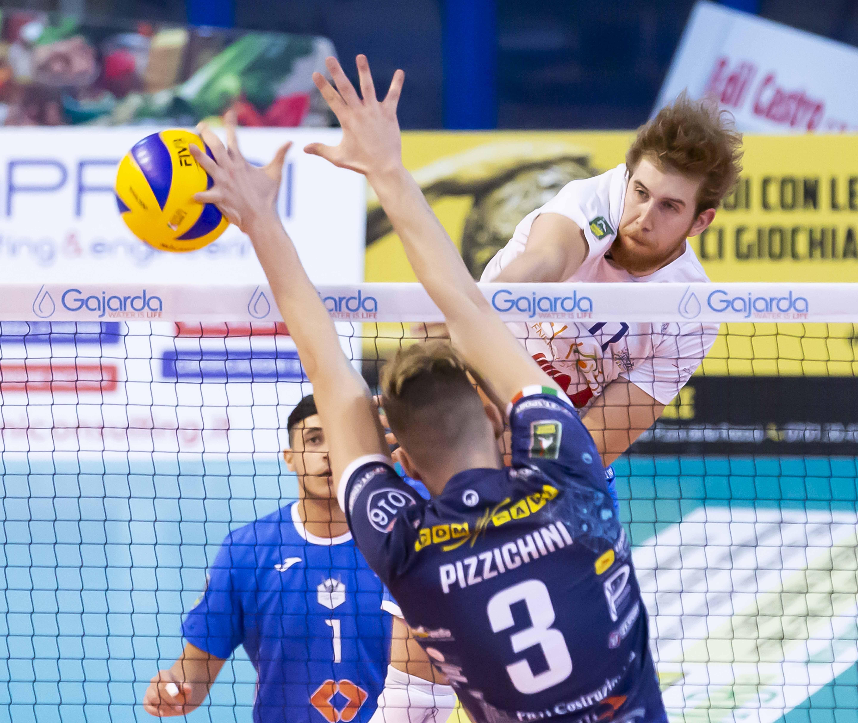 Tuscania si arrende al tie-break con Catania